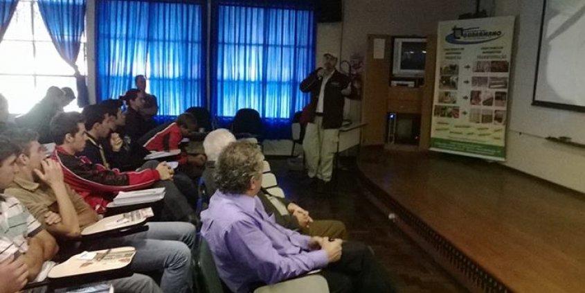 Curso na Escola Técnica Guaramano - Guaraní das Missões, RS.